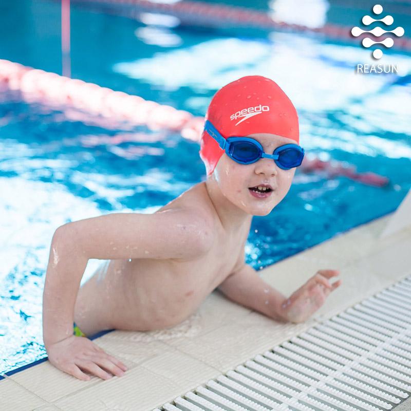 занятия-для-школьников-в-бассейне