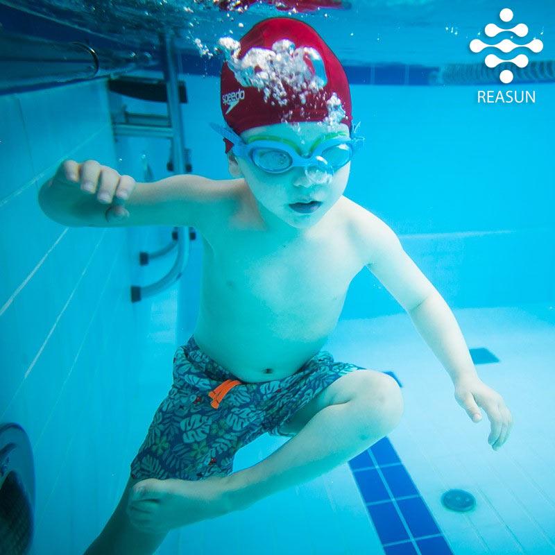 занятия-плаванием-для-детей-в-реасан