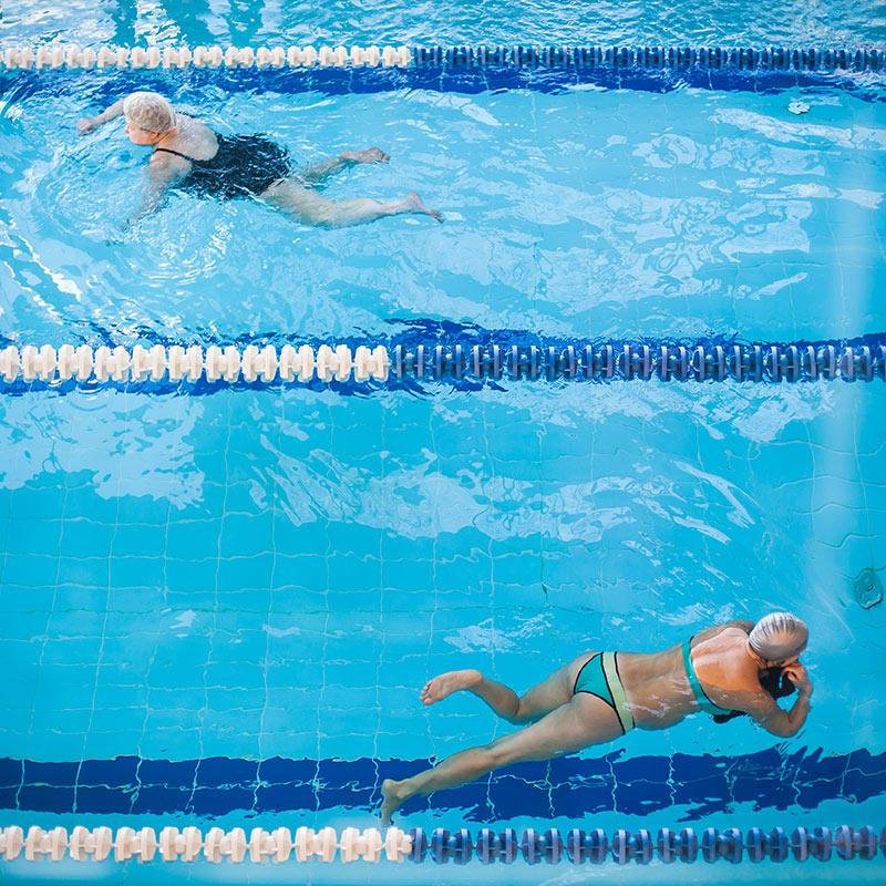 бассейн-реасан-плавание